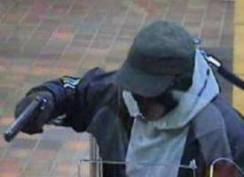 Maskirani razbojnici jutros opljačkali poštu!