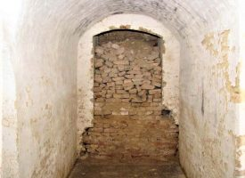 IZMEĐU MAŠTE I ZBILJE Još uvijek je puno zagovornika teorije prema kojoj je Bjelovar isprepleten nizom podzemnih prolaza