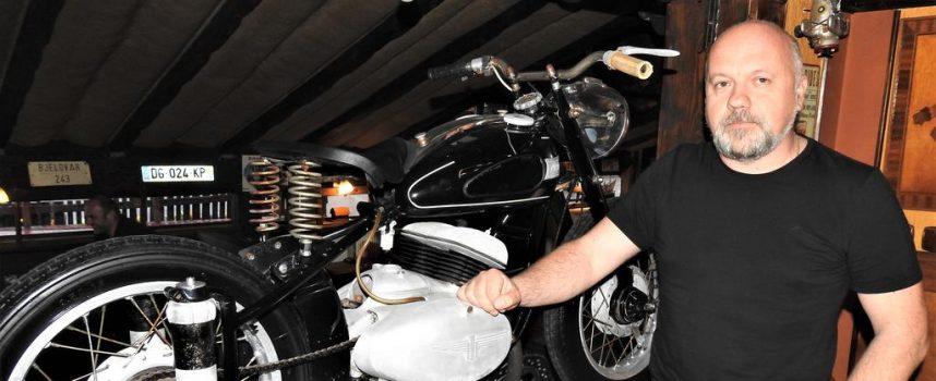 NA DVA KOTAČA Romeo Pocrnić poznati je restaurator starih motocikala