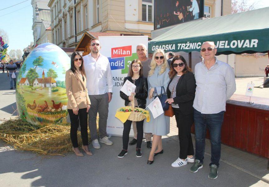 NA VELIKU SUBOTU Članovi Stranke rada i solidarnosti dijelili uskrsne pisanice i družili se s Bjelovarčanima