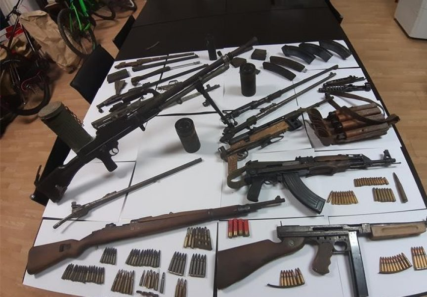 ŠOKANTNO Kod Bjelovarčanina pronađen neviđen arsenal oružja i streljiva