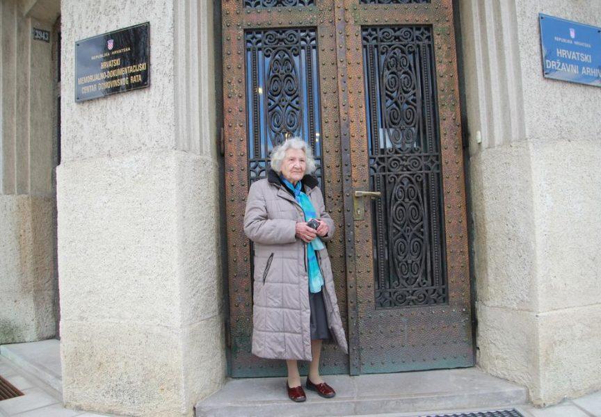 SLAVKA PAVIĆ Ni u 92. godini života ne ispušta fotoaparat iz ruku