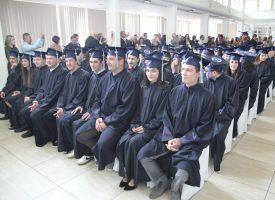 FOTO – SVEČANA PROMOCIJA Mladi prvostupnici zasluženo primili svoje diplome