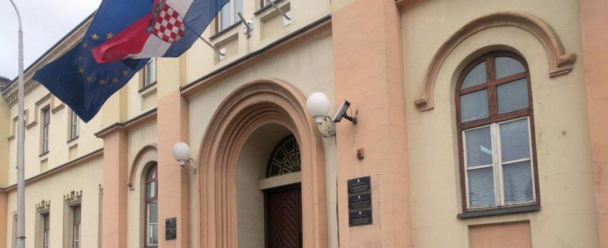Prosvjed pred Županijskim sudom u Bjelovaru