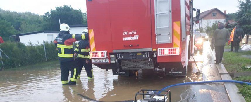 Garešnički vatrogasci sanirali poplavljeno područje