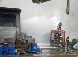 GRUBIŠNO POLJE Požar gasila 64 vatrogasca, šteta 15 milijuna kuna