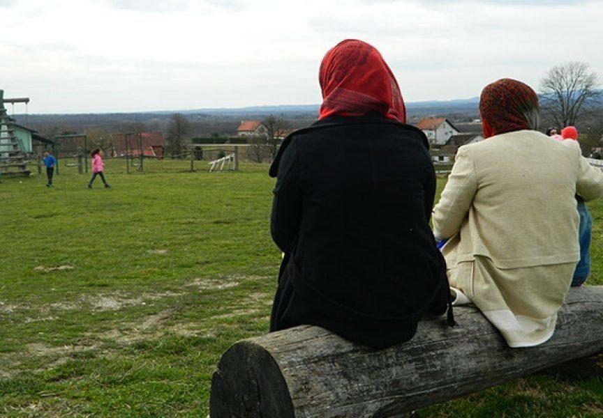 Šokantan izljev frustracija na facebooku zbog teksta o dolasku tri obitelji azilanata u Bjelovar