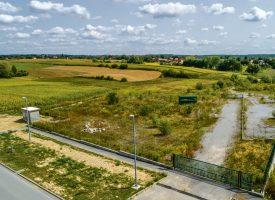 Prodaje se zemljište u poslovnoj zoni