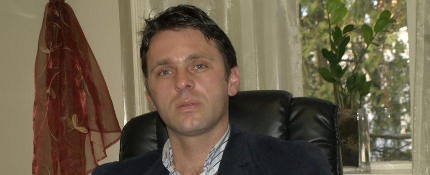 TRI U JEDAN Marcel Medak istovremeno i zamjenik i direktor i član NO-a
