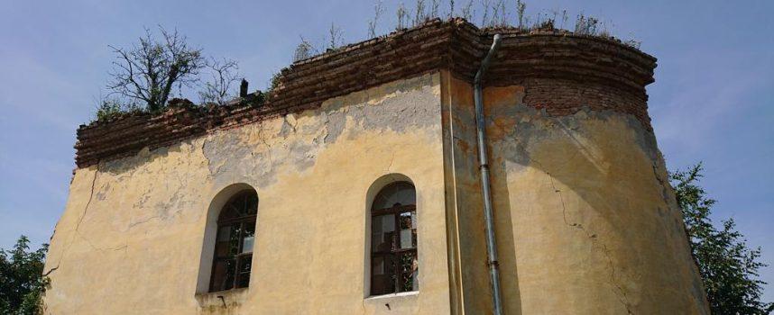 Beograd ne dopušta rušenje, za obnovu novca nema