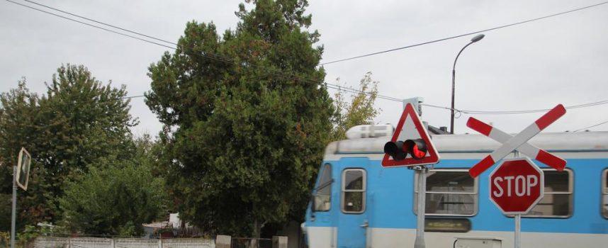 HRVATSKE ŽELJEZNICE – Prometni znak u Malim Sredicama je postavljen nepropisno i nepotrebno