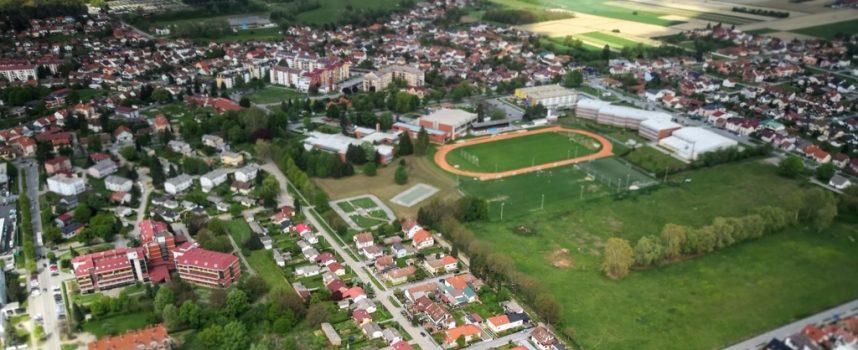 SUGLASNOST VLADE Bjelovar se zadužio za umjetni travnjak i kupnju zgrada