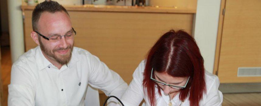 FOTO –  SEDMI SALON INOVACIJA – Mladi inovatori prezentirali svoje ideje