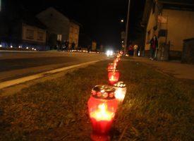 BJELOVAR ZA VUKOVAR Bjelovarčani paljenjem lampaša iskazali počast Gradu heroju