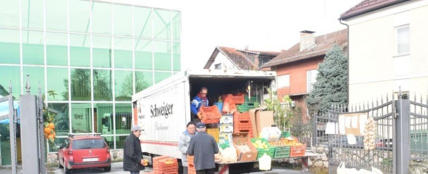 JEFTINIJE NEGO U CENTRIMA Opuzenski uzgajivači mandarina svaki četvrtak u Bjelovaru