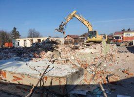 ZBOGOM MONTAŽNE KUĆICE Priprema se teren za izgradnju nove zgrade bolnice