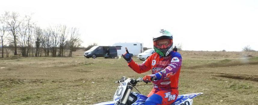 UPORNOST Viceprvak Hrvatske u motocrossu buldožerom napravio profesionalnu stazu na 12 tisuća kvadrata