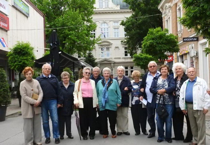 POSEBAN DAN Okupili se bivši učenici Ekonomske škole Bjelovar koji su maturirali prije 60 godina
