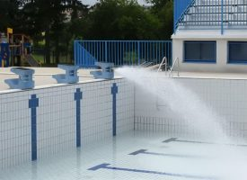 FOTO – Počelo punjenje Gradskog bazena. U subotu otvorenje kupališne sezone