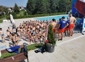 VELIKI ODAZIV – Počela sezona treninga na bjelovarskom bazenu