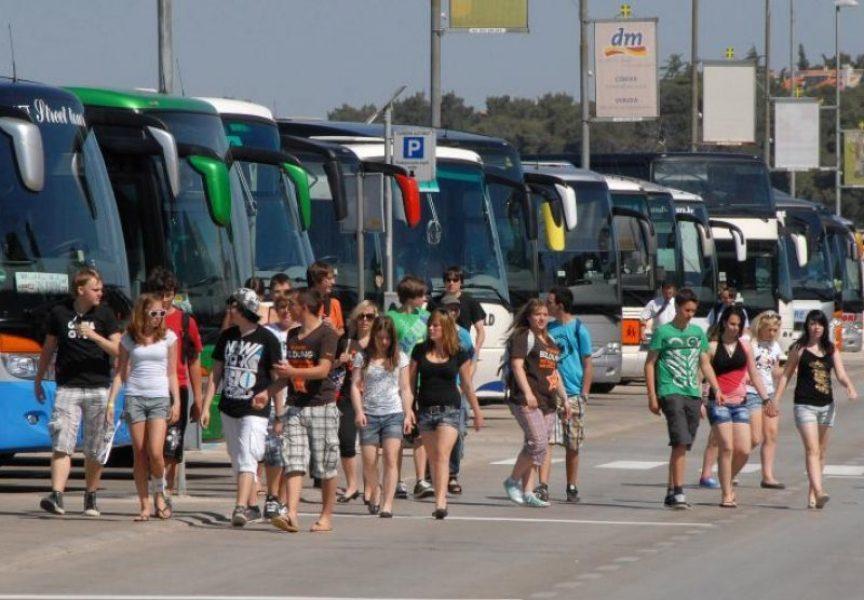 ZAROBLJEN NOVAC Putničke agencije im ne žele vratiti uplaćeni novac