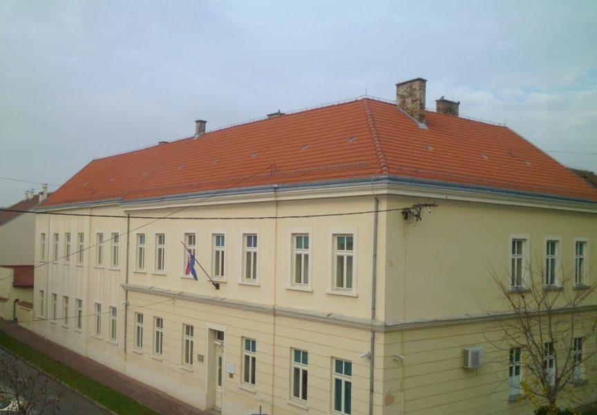 KORONAVIRUS – Pet novooboljelih od čega tri učenika iz tri različite škole