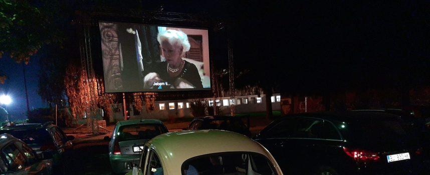 AUTO –KINO Jedinstveno iskustvo gledanja filma na desetmetarskom platnu