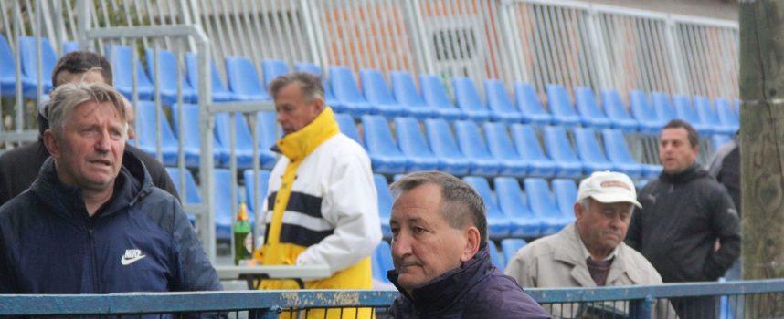 MAKLJAŽA U PREDAVCU – Gostujući igrači i trener napustili teren