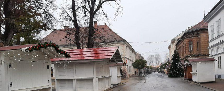FOTO – SVE ZATVORENO  Nikada depresivniji 'Advent' u Bjelovaru