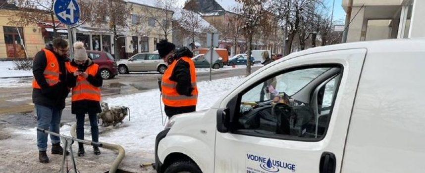 STRUKA NA TERENU – Vodne usluge Bjelovar na terenu u Glini i Petrinji